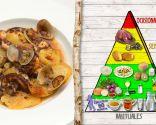Cazuela de patatas, pulpo y almejas, rica en proteínas y vitaminas