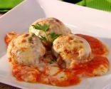 Albóndigas gratinadas con salsa de tomate y bechamel