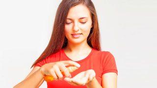 Cómo alisar el pelo en casa con plancha
