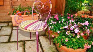 Cómo restaurar una silla de hierro de exterior
