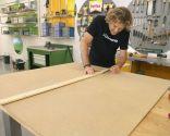 Decorar las puertas de un armario con paneles de colores - Paso 1