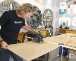 Decorar las puertas de un armario con paneles de colores - Paso 2