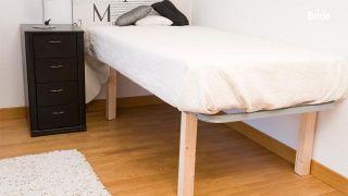 Cambiar las patas de una cama
