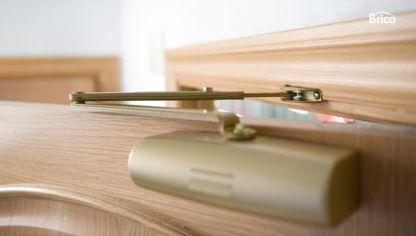 C mo sustituir una puerta por otra m s ancha bricoman a - Como ajustar una puerta de madera ...