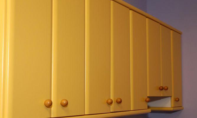 Lacado de puertas de armario de cocina bricoman a for Pintura para puertas de cocina