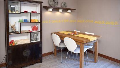 Pintar Cenefa Cocina | Como Pintar Con Plantillas Decorativas Hogarmania