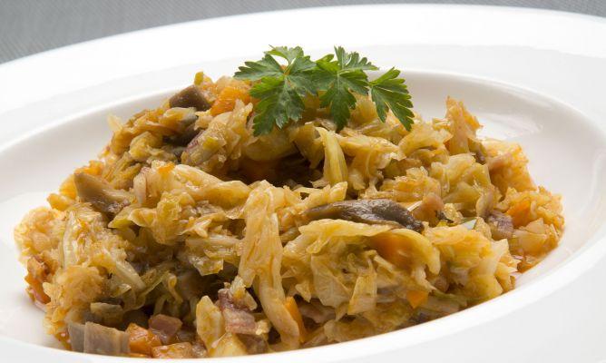 Verza sofegà con pancetta ricetta della tradizione veneto chioggiotta