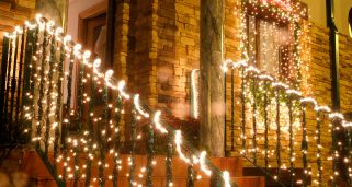 C�mo colocar luces navide�as en exterior