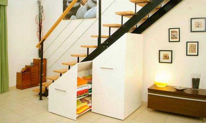 M dulos bajo escalera bricoman a for Bajo escaleras de madera