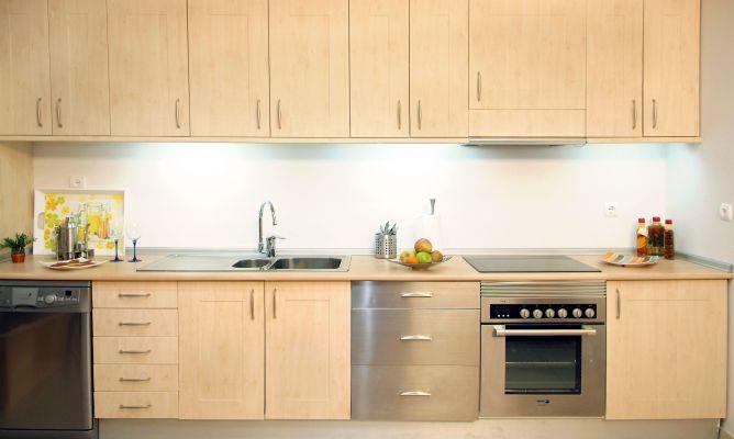 Nueva encimera de cocina bricoman a - Remates de cocinas ...