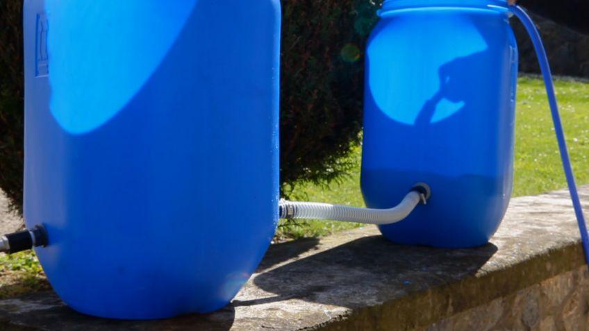 Como hacer un deposito de agua el depsito de agua se for Bidones para agua