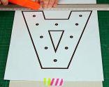 Crear letras luminosas de cartón - Paso 1