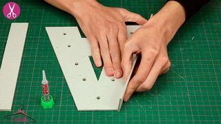 Cómo hacer letras luminosas de cartón - Paso 4