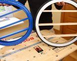 Hacer un expositor con la cubierta de una rueda