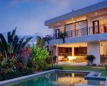 Consejos para decorar jardines con piscina