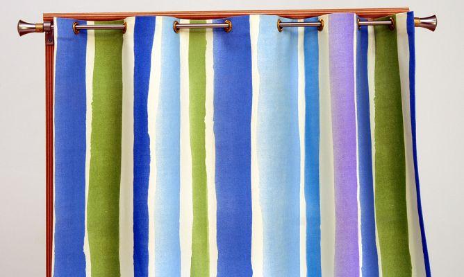 Realizaci n de cortinas con ojales bricoman a for Cortinas con anillas