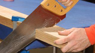 Sierra de mano para madera