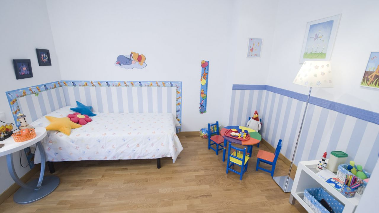 Cómo Colocar Vinilos En Habitación Infantil Bricomanía