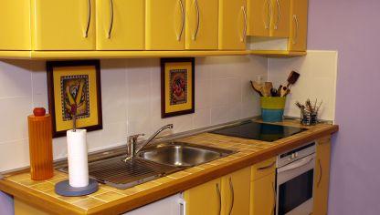 Iluminar encimera de cocina bricoman a - Remates de cocinas ...