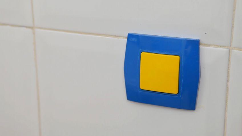 pintar mecanismos elctricos bricomana - Bricomania Pintura