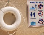 consejos baño seguro - carteles
