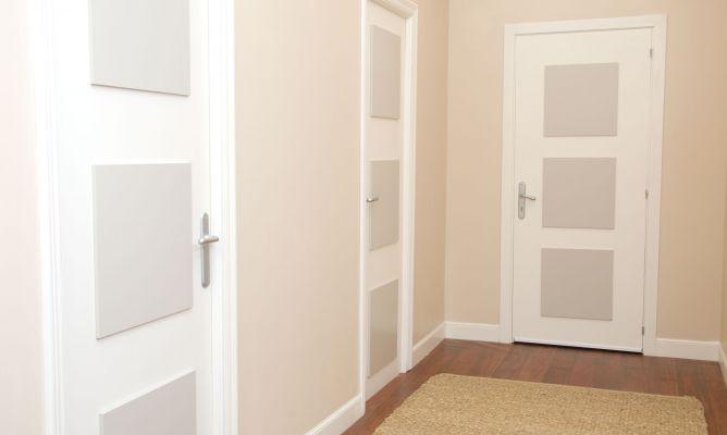 Transformaci n de pasillo oscuro decogarden - Combinar color suelo y paredes ...