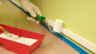 Integrar canaleta de plástico