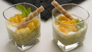Chupitos de kiwi, yogur y melocotón