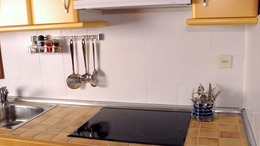 Colocación de copetes de cocina - Bricomanía 134382b5ca8a