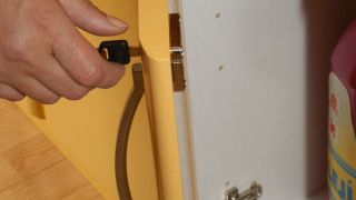 Cerradura para puerta de armario