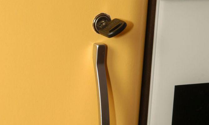Cerradura para puerta de armario hogarmania - Cerraduras para armarios ...