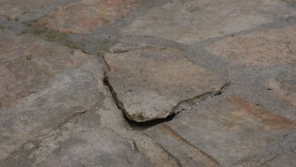 Piedra natural para exterior bricoman a for Como poner piedras en el suelo del jardin