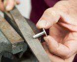 Cómo adaptar los remaches a distintas medidas - Paso 5