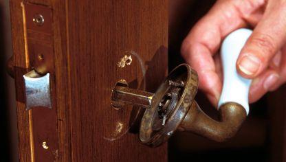 Cambiar el mecanismo interior de la manilla hogarmania - Cambiar pomo puerta ...