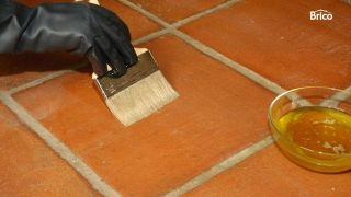 abrillantar y limpiar suelos de barro cocido interior paso2