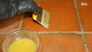abrillantar y limpiar suelos de barro cocido interior paso 3