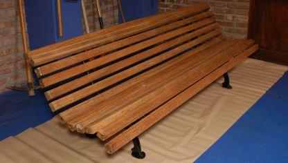 C mo evitar burbujas al barnizar la madera hogarmania - Barnizar madera exterior ...