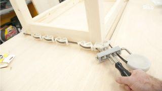 Hacer una mesa de madera paso 10