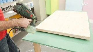 Hacer una mesa de madera paso 12