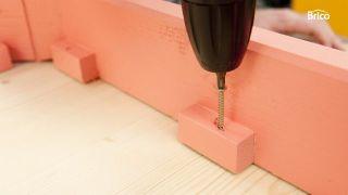 Hacer una mesa de madera paso 15