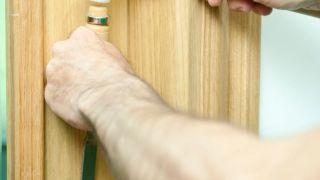 Arreglar la sujeción de una manilla