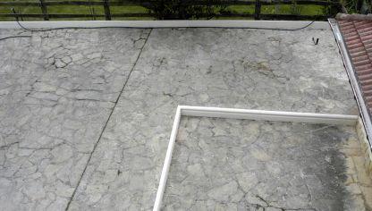 Instalar c sped artificial bricoman a - Como disenar una terraza jardin ...