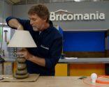 Lámpara auxiliar de mesa con pie de piedras