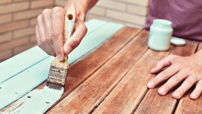 C mo pintar un mueble de madera hogarmania - Pintura blanca para madera ...