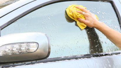 C mo limpiar las ventanas hogarmania - Como limpiar cristales exteriores ...