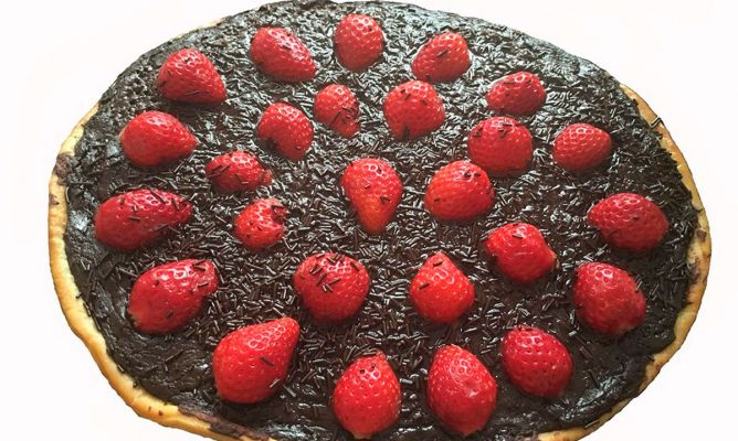 Receta de Pizza de fresas con chocolate