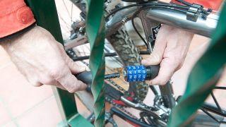 Candados y cadenas para bicicletas