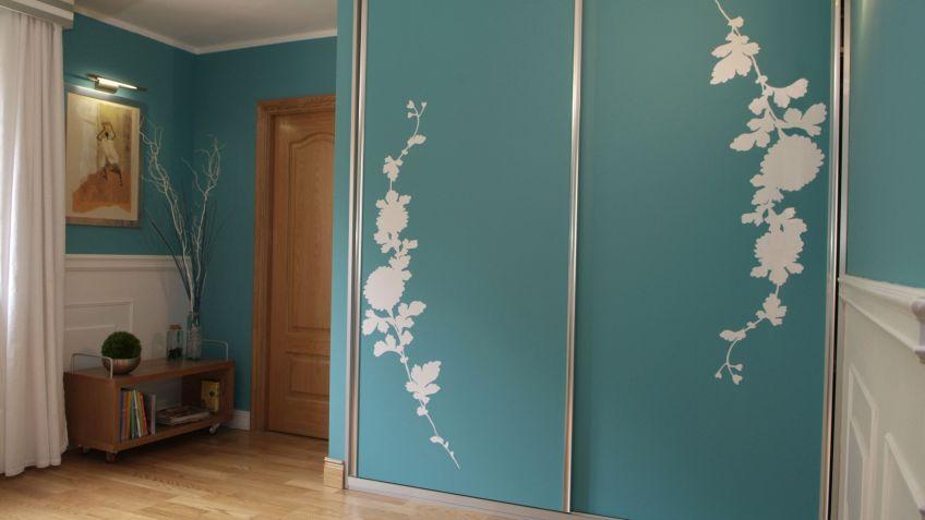 Papel forrar armarios estanteria tuco forrar con for Papel pintado para forrar puertas de armarios