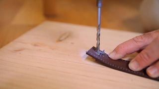 Cómo hacer tiradores de cuero