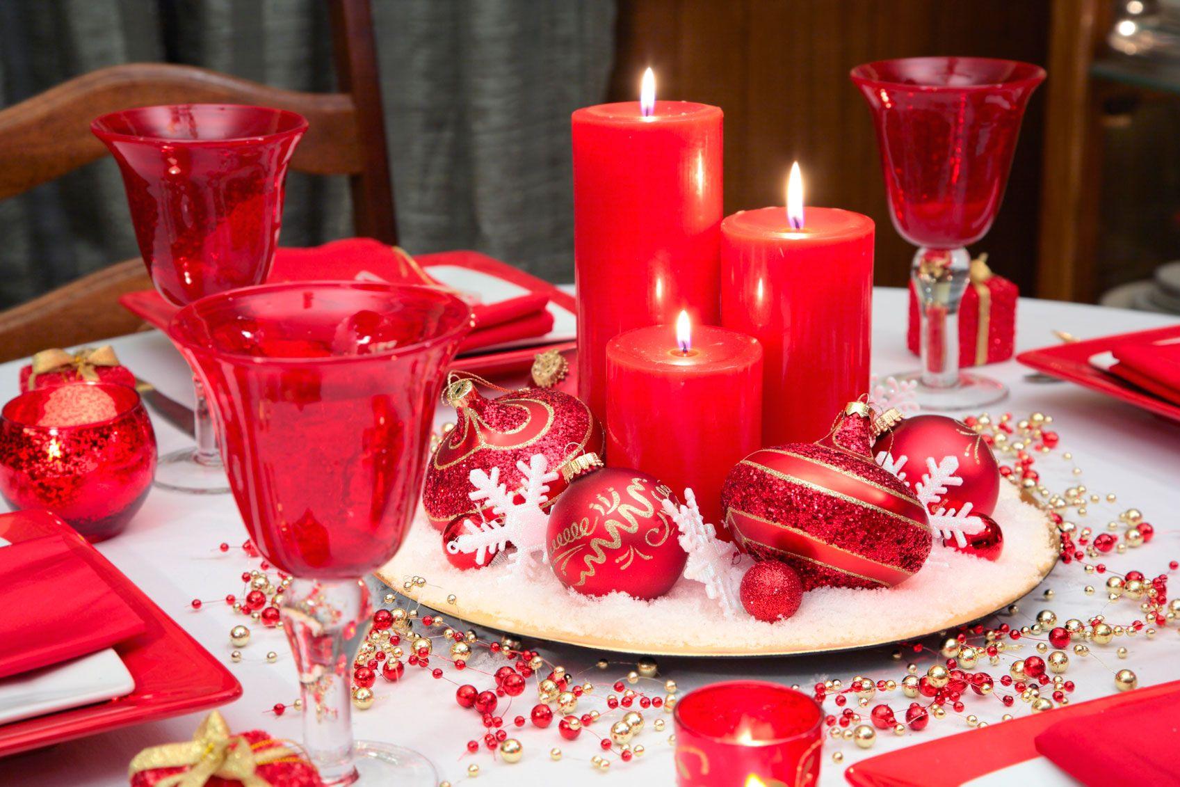 Decorar mesa de navidad en blanco rojo y dorado hogarmania - Adornar la mesa para navidad ...